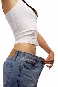 slim woman big jeans